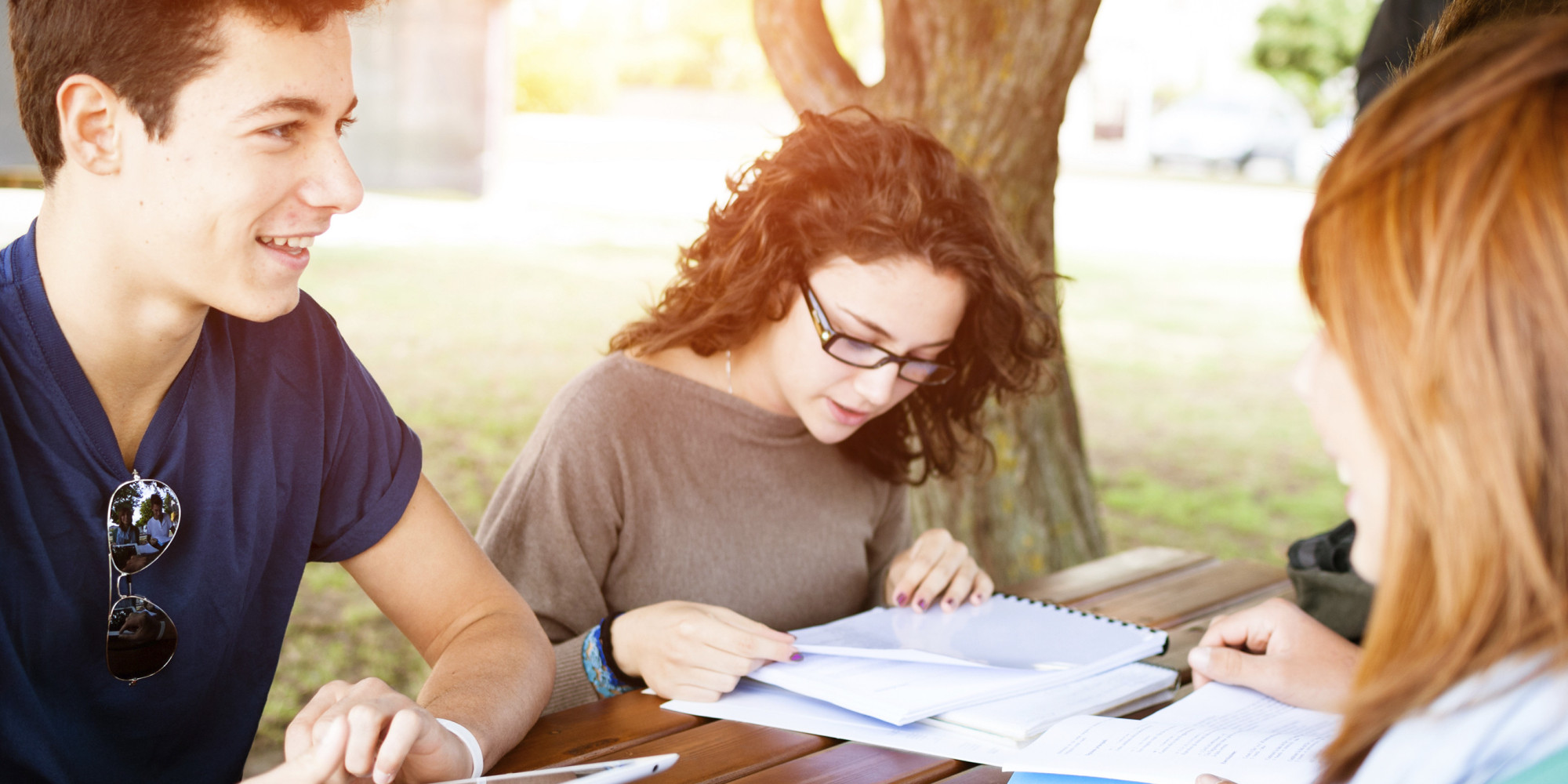 o-COLLEGE-STUDENT-STUDYING-facebook